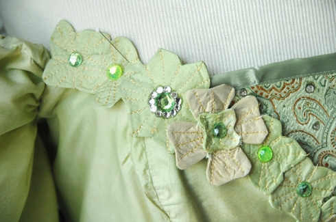 Here's a close up of the finished appliques on the dress!
